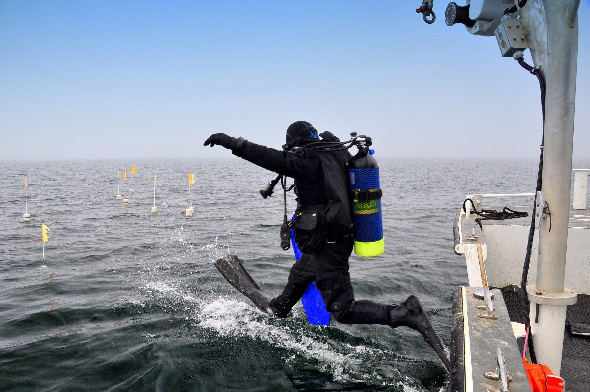 Travel with Scuba Gear or Not